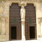 La cathédrale (entrée)
